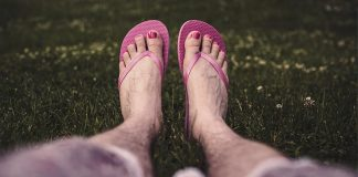 Flip-Flops--Comfortable,-Yet-Dangerous-for-Foot